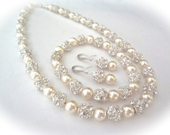 Bridal jewelry set ~ Pearl jewelry set ~ Chunky ~ Crystal rhinestone balls ~ Pearl earrings necklace and bracelet ~ Elegant ~ Brides set ~