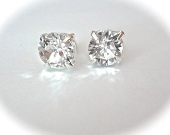 Bridal jewelry - Crystal earrings  - Studs - Swarovski - Sparkling -Clear crystals - Brides earrings - Bridesmaids -  Chunky style - SOPHIA