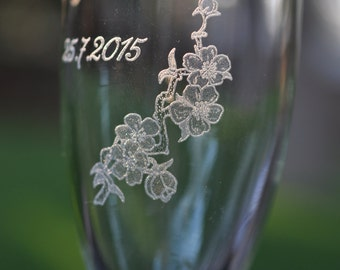 Cherry Blossom Wedding Champagne Toasting Flutes (2) - Personalized with Name or Initials