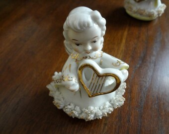 Adorable Vintage 1950's Angel with Heart-Shaped Lyre Harp - Gold Trim - ACME China - Made in Japan