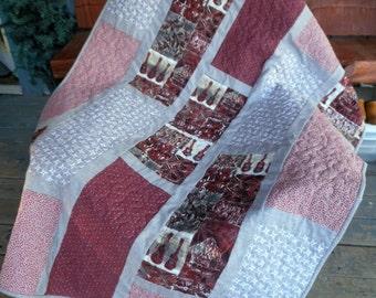 Hawaiian Ukelele Quilt, Hawaiian Print Quilt, Red Quilt, Grey Quilt, Ukelele Quilt, Tiki Huts