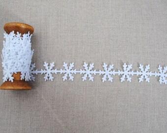 Snowflake trim, 2m, festive trim