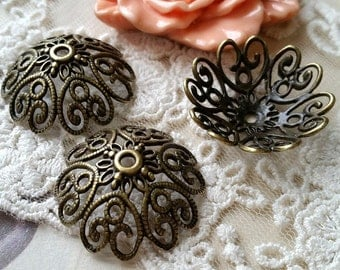 27 x 10 mm Antiqued Bronze Round Flower Bead Caps (.snh)