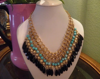 Dangle Necklace in Aqua and Black.