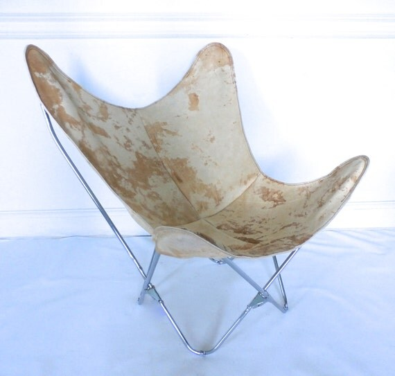 original bkf butterfly chair in premium cream rawhide leather. Black Bedroom Furniture Sets. Home Design Ideas