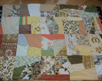 Vintage Crazy Quilt, Machine Made Quilt using a wonderful and colorful collection of various vintage fabrics in Vintage Condition