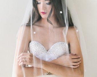 Poppy Silk flower bridal veil, elbow length, fingertip tulle veil, bridal comb, boho glam bride, chapel train veil, bohemian veil, bohemian