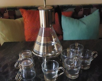 Absolutely Awesome Corning ware Coffee Carafe and Cups!