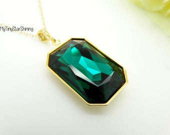 Emerald Necklace Green Pendant Necklace Swarovski Crystal Emerald Green Necklace 14k Gold Necklace Long Necklace Green Jewelry RT