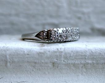 Vintage Art Deco Platinum Diamond Wedding Band - 0.52ct.