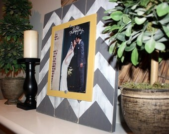 Picture Frame, Distressed Picture Frame, 8x10 Frame, Grey Picture Frame,  8x10 Picture Frame, Wood Plank Frame, Chevron Frame