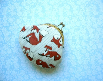 Cute Red Foxes Coin Purse - Handmade Gift, Birthday Gift, Holiday Gift - Stocking Stuffer - Gifts Under 20