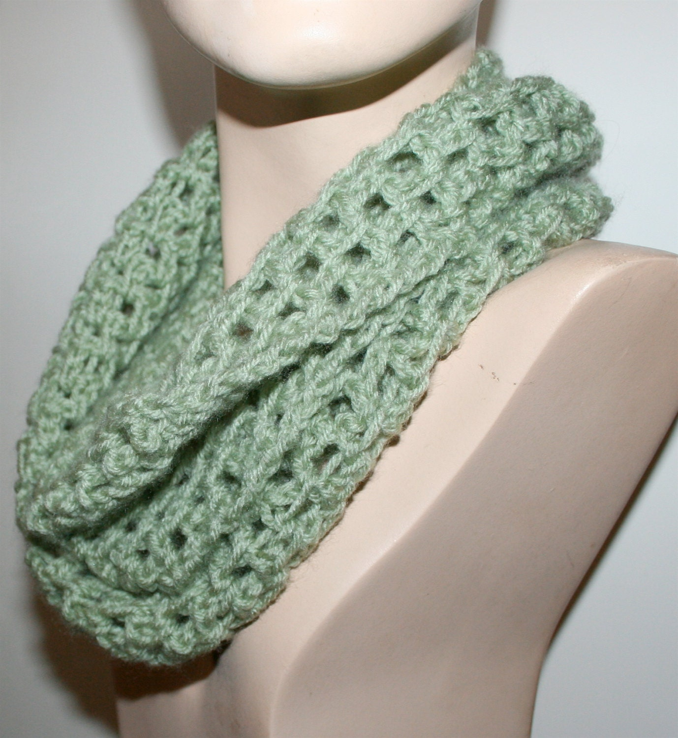 Crochet Scarf Patterns Using Chunky Yarn : Lacy Crochet Scarf Pattern Long Chunky Cowl Infinity Scarf 3