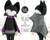 lalylala crochet pattern VAMPIRE BAT VLAD - amigurumi