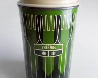 Vintage Green Thermos 16 oz Spoon Fork Design 1971