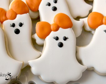 Girly Ghost Cookies, Casper, Halloween Ghost, Halloween Cookies, Kids Halloween, Ghost with Bows