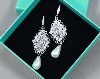 Vintage Chandelier Bridal Earrings, White Teardrop Faux Pearl Dangle Rhinestone Earrings, Wedding Bridesmaids Earrings, Bridesmaids Gift