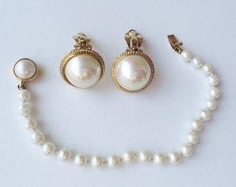 CaroLee Pearl Bracelet & Earrings, Bridal Jewelry Pearl Earrings, Carolee Bracelet, Vintage Jewelry Set