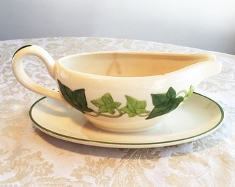 Vintage Franciscan Ware Ivy Gravy Boat Made in California Earthenware Pottery
