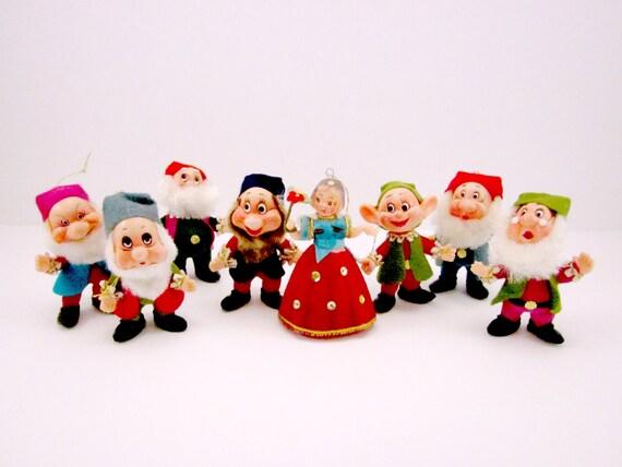 Vintage plastic snow white and the seven dwarfs christmas
