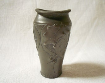 French Antique Hand Worked Repousse Art Nouveau Holly Leaves Pewter Vase (A980)