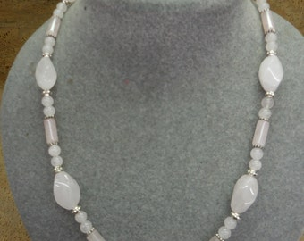 Rose quartz twist necklace