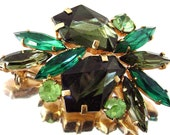 Vintage Emerald Green Rhinestone Brooch Olivine and Peridot Fancy Cut Navette Rhinestone 1960s Juliana D & E Style