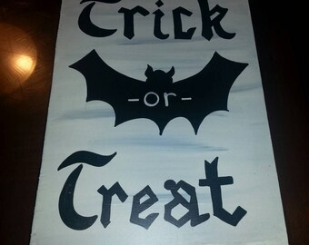 Trick or Treat - Halloween Sign