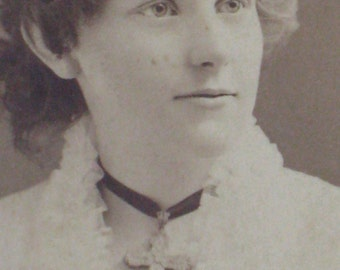 Gorgeous Victorian Antique Cabinet Card Photo - Young Lady Wearing Large Cross - Rhode Island 1880s - Paper Ephemera