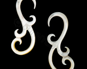 6G Pair Mother of Pearl Shell Fancy Swan Gauged Earring Plugs 6 gauge Organic Body Piercing Jewelry