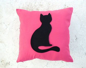 Sitting Cat pillow cover - Pink linen pillow cover with black felt cat - Meow - Gift for cat lovers for children for mom - Ready to Ship