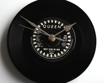 "QUEEN Vinyl Record CLOCK ""Don't Stop Me Now"" 7"" single Fantastic gift for high achievers Queen fan students graduation gift black and silver"