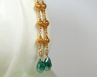 Long chain earring Emerald green crystal drop earrings Filigree gold chain earring Shoulder duster long dangle earring Renaissance jewelry