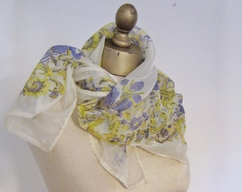 1950s scarf, ROCKABILLY scarf, floral nylon scarf, 50s fashion, hair wrap, vintage neckerchief, nylon square scarf, swing style