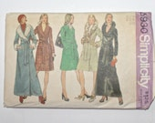 Vintage 1970s Maxi Coat / Retro 70s Long or Short Wrap Winter Coat / Simplicity Pattern 5930 / Bust 34