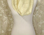 Lacy Cream Cowl (Sm) - Hand Knit