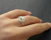 Natural Faceted Gem Stone Peridot  4.0mm -  925 Sterling Silver Ring