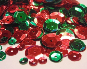 mix of red and green sequins / confetti, 6-13 mm (11)