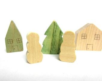 Waldorf Wooden Christmas Scene Decoration - Tiny Christmas Set