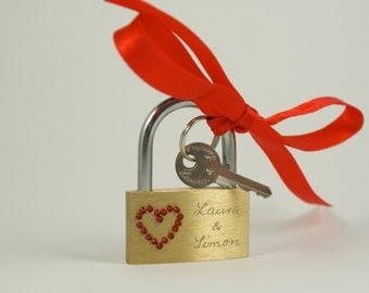 Personalized Valentine Gift, Engraved Love Padlock,- Wedding, Valentine, Valentine's Day, Red Heart , Lovelock