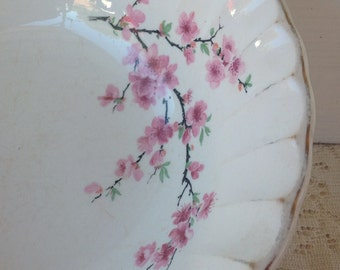 Cherry Blossom Vintage Serving Bowl / Vintage Kitchen / Shabby Chic Kitchen