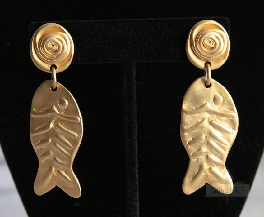 Gold tone fish bone earrings signed norma jean modern style for Fish bone earrings