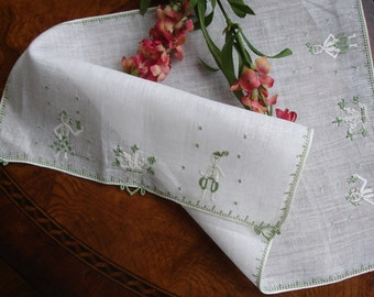 Tray Liner Linen Embroidered 1950s home decor