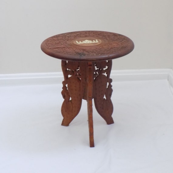 Hand Carved Small Side Table With Inlaid Taj Mahal Plant