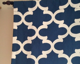 Ready-to-ship: Lined Valance in Premier Prints Fynn navy