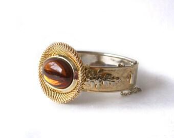 Vintage Clamper Bangle Bracelet Topaz Glass Cabochon Gold Tone Vintage