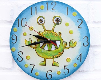 The Green Alien Wall Clock Home Decor for Children Kid Boy Nursery Playroom, kids gift, for Office,  Alien, Cosmos.