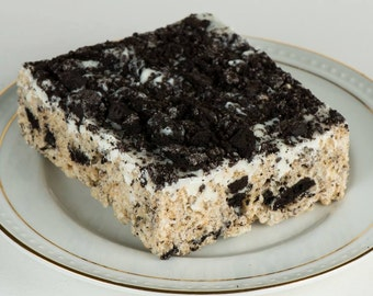 Cookies & Cream Gourmet Rice Krispy Treats (4 large)