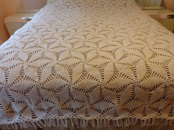 Crochet Patterns Queen Size Bed : Custom Crochet Bedspread / Crochet Quilt / by ...