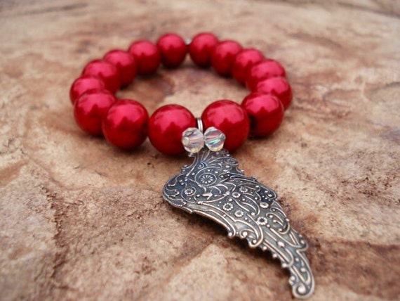 Pearl Bracelet, Red Bracelet, Glass Pearl Bracelet, Mythical Wing Bracelet, Wing Jewelry, Glass Beaded Bracelet, Stretch Bracelet, Boho